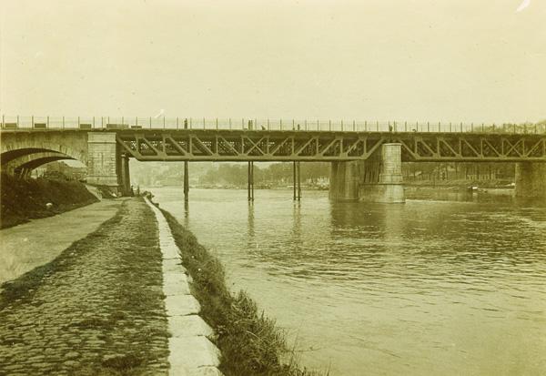 Pont de Luxembourg CJ79 2012